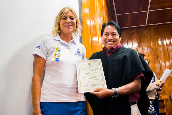 Dr. Heinke Jäger Receives Recognition for her Research in Galapagos