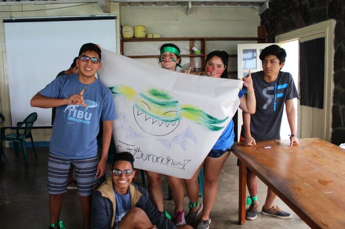 'Tiburoncines' winning team from the 'gymkana' organized as a reinforcement of information received on sharks.