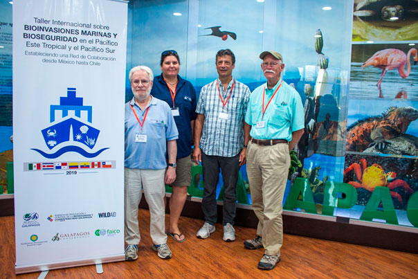 "Left to right: Jim Carlton, Inti Keith, Gregory Ruiz and Anson Hines (our collaborators from Williams College and the Smithsonian Environmental Research Center) during the ""International Workshop on Marine Bioinvasions and Biosecurity along the Eastern Tropical Pacific and the Southern Pacific: Establishing a Collaboration Network from Mexico to Chile"". Photo by Juan Manuel García."